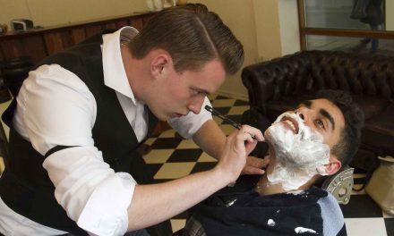 Hr. Barber vil have Vejle med på Movember-bølgen