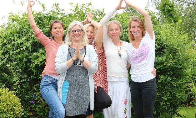Dansk Yoga: Alle syv bestod yogaeksamen