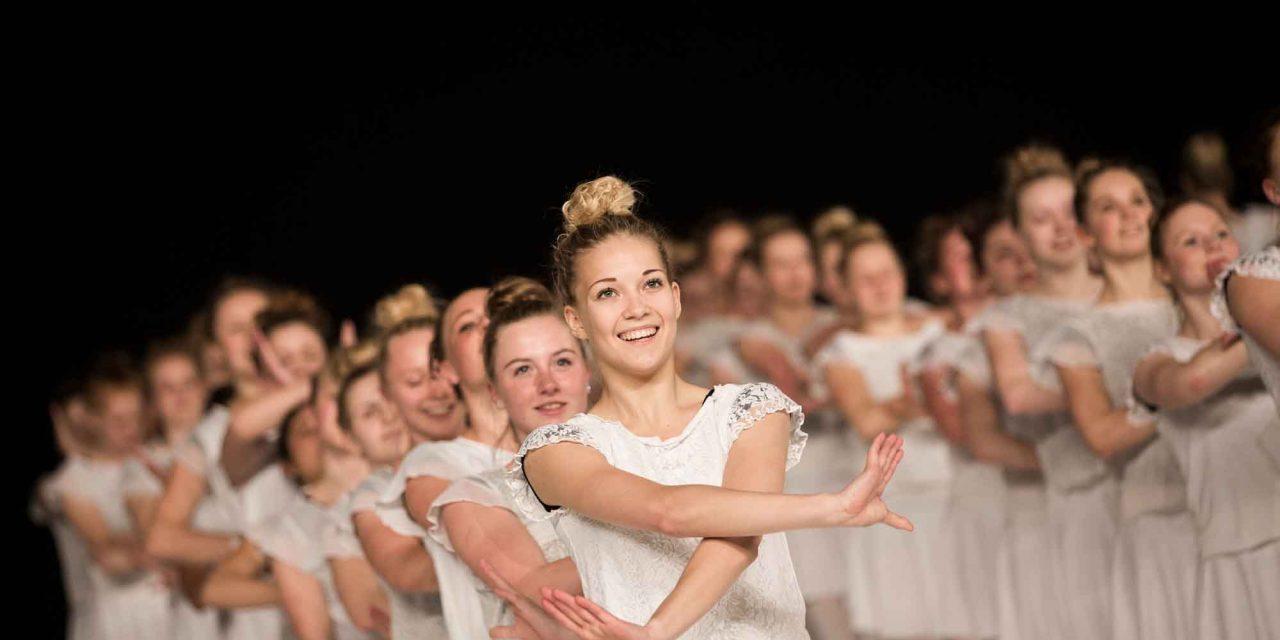 Se video fra gymnastikopvisning i Forum Horsens