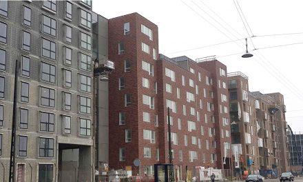 RUSTIKOTTA Fjeldpanel® C2 pryder facaden på nyt boligkvarter i Københavns Sydhavn
